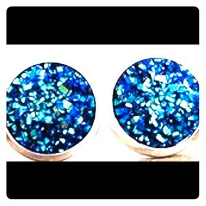 Jewelry - Stone Glitter Stud Earrings